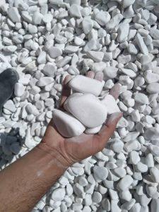 سنگ رودخانه ای سفید